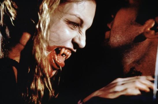 vampires-1998-10-g